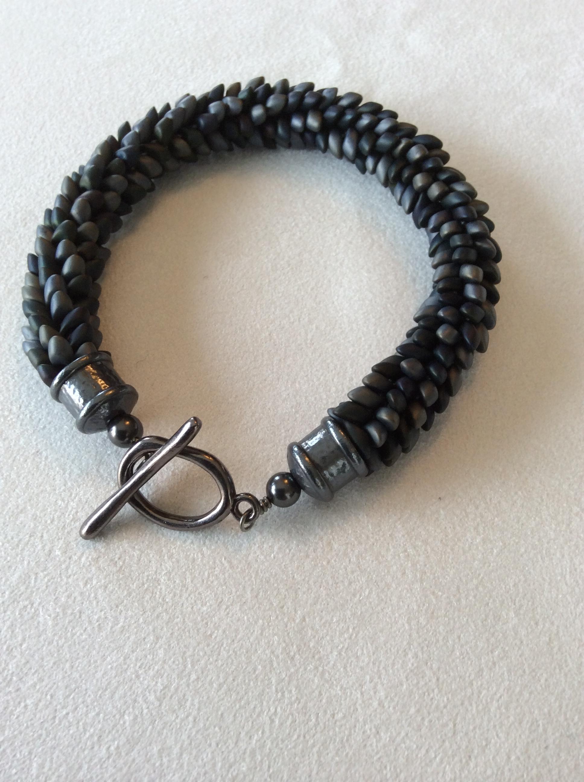 Dragon Scale Kumi Bracelet - Grey