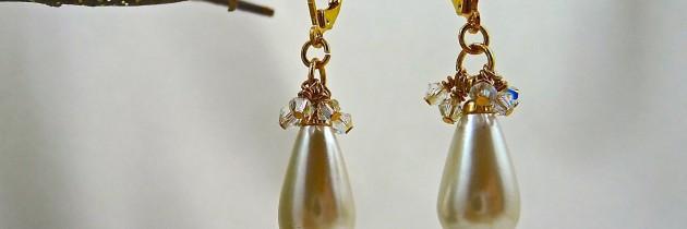 Vintage Pearl Teardrop Earring